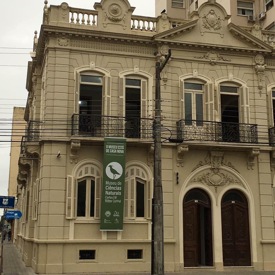 Capa do blog: Patrimônios de Pelotas: Casas Geminadas